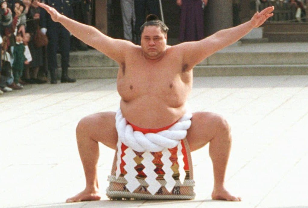 Akebono Taro, the first ever foreign-born sumo posing in traditional costume