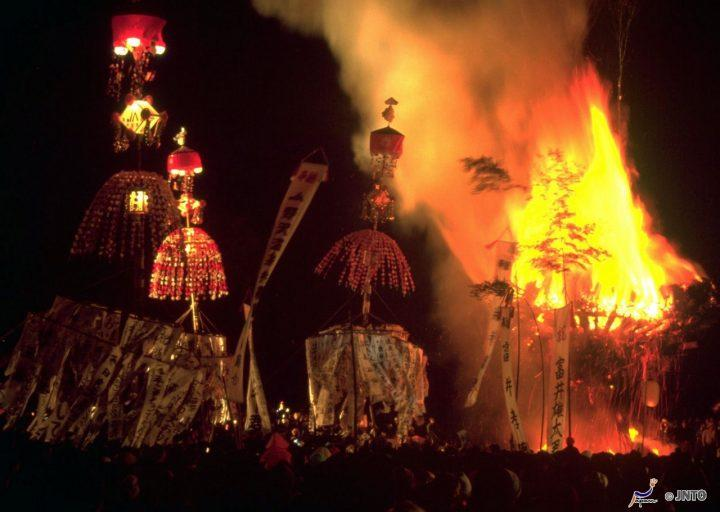Nozawa Dosojin festival - winter festivals in Japan