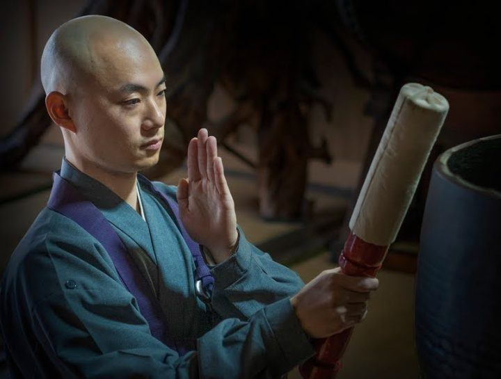 Monk at Zensho-ji Temple in Joge - photography tour in Japan