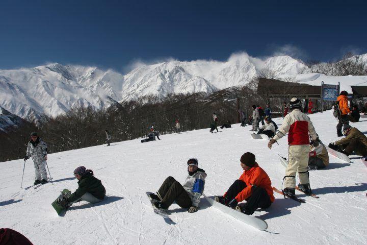 Hakuba Valley skiers