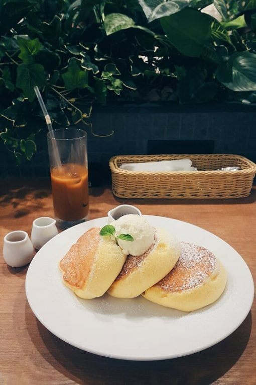 Japan Instagram coffee shop, Shiawase No Pancake, fluffy fuwa fuwa Japanese pancakes, Osaka