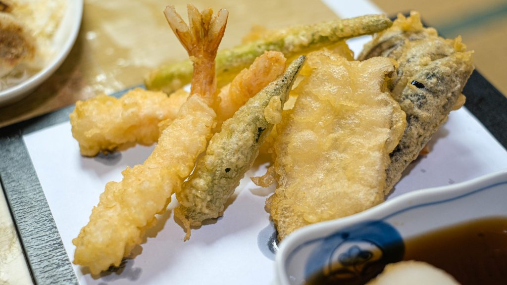 Be sure to eat your tempura while it's still warm